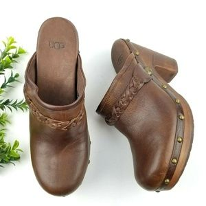 UGG Kaylee Brown Leather Studded Clogs  S27